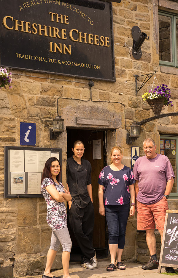 THe cheshire cheese hope team